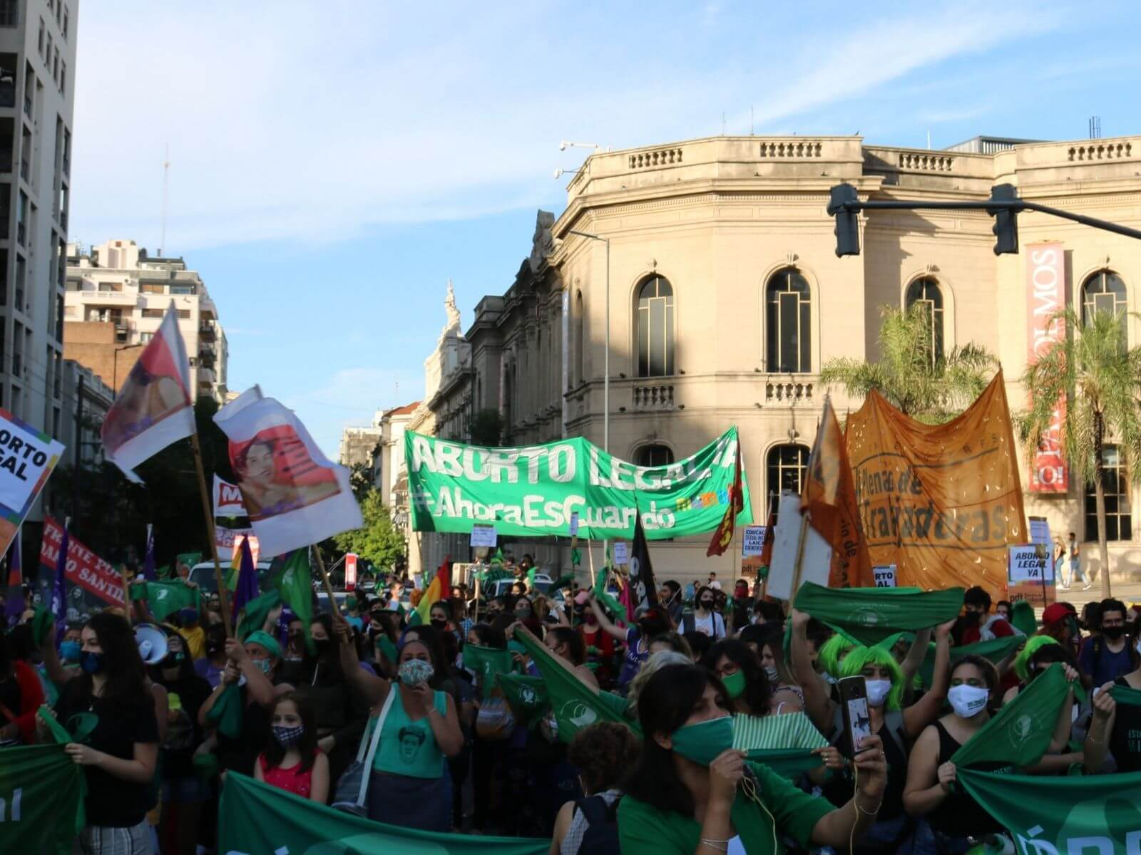 Aborto Legal: similitudes y diferencias entre los proyectos